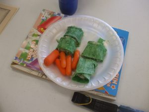 Photo of spinach wraps and carrots